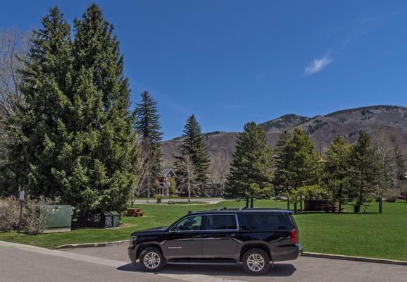 Chevrolet Suburban 4x4 Limousine